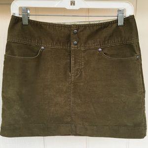 2 Petite Olive Corduroy ATHLETA Skirt EUC